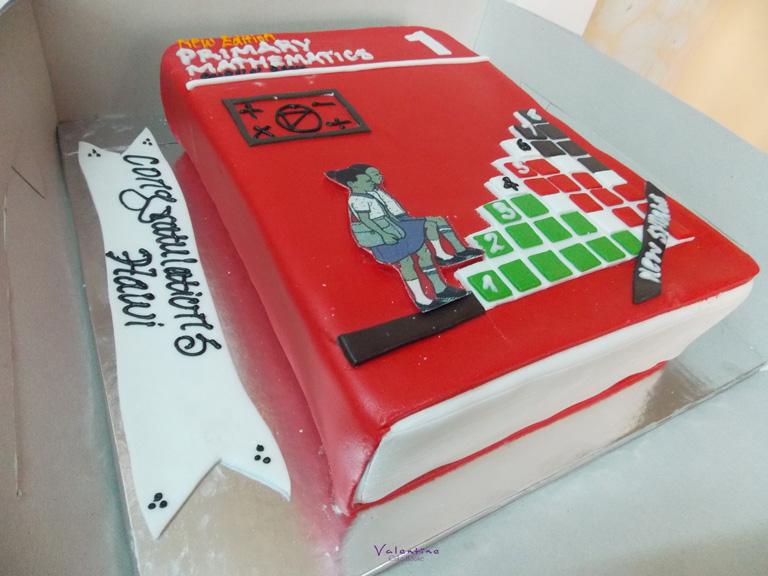 Graduation Cake - Valentine Cake House