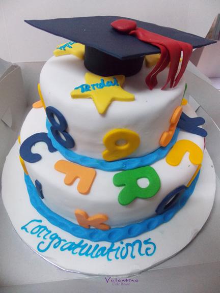 Graduation Cakes - Valentine Cake Hosue