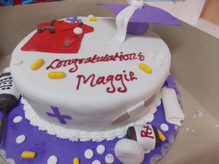 Graduation Cakes - Valentine Cake House