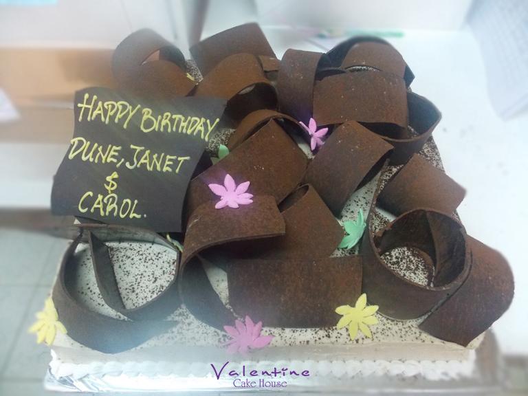 Valentine Cake House - Birthday Cakes
