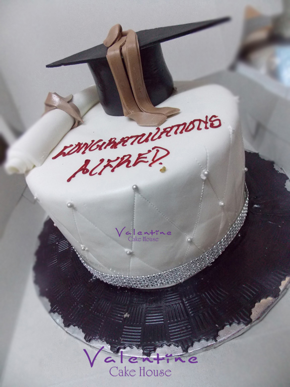 Valentine Cake House - Graduation Cakes