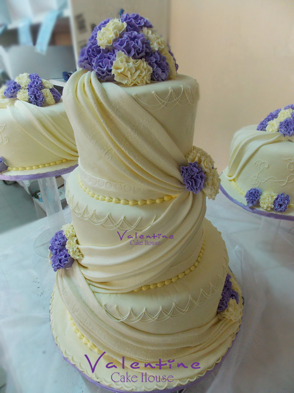 Valentine Cake House - Wedding Cakes
