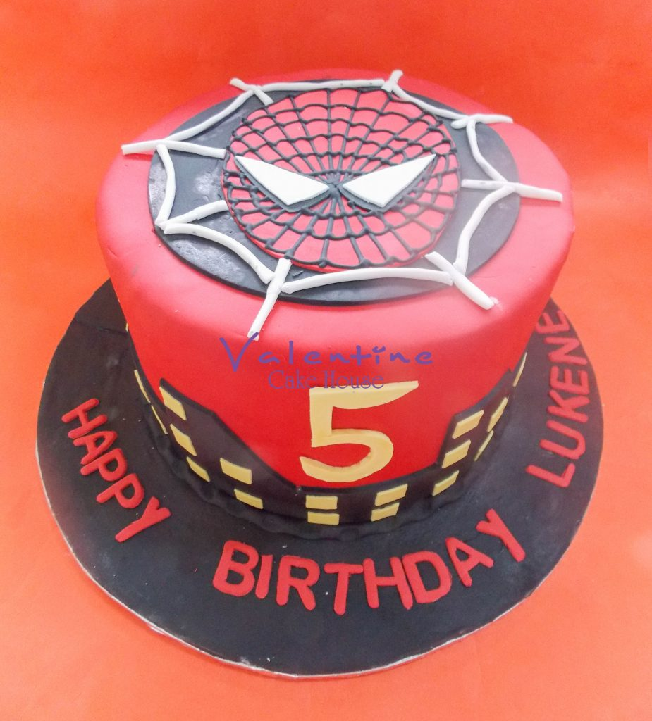 DSCN9730 925x1024 - Spiderman_Cake